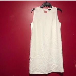 ZARA Cut out white dress 🐚